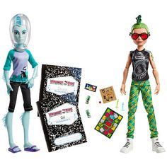 The Monster High Mansters Gil Webber & Deuce Gorgon Dolls 2-Pack features the son of the River Monster and the son of the Medusa as they spend a boy's night playing a board game.