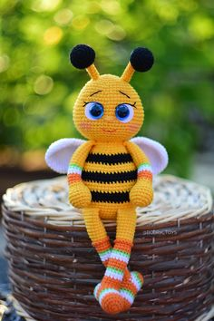 English crochet pattern toy baby bee 22 pages of detailed description and step-by-step photos When using these materials, the size of the toy is 25 centimeters Crochet Bee, Crochet Dragon, Crochet Bunny, Cute Crochet, Crochet Animals, Christmas Crochet Patterns, Crochet Patterns Amigurumi, Crochet Toys, Stuffed Toys Patterns