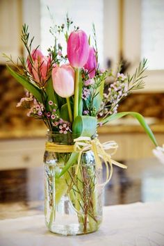 #swansondiamondcenter #weddingflowers Country Wedding Flowers: Wedding Table Decor, Pinks and Tulips