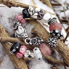 "166 Likes, 13 Comments - Troll Charmed (@trollcharmed) on Instagram: ""When Spring meets Winter ❄️ #trollbeads #trollbeadsofficial #trollbeadsbracelet…"""