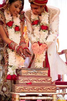 indian wedding bride groom hindu ceremony http://maharaniweddings.com/gallery/photo/12263