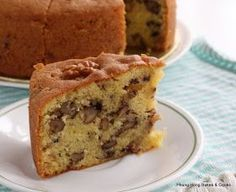 Phong Hong Bakes and Cooks!: A Nutty Cake Walnut Pound Cake Recipe, Walnut Cake, Pound Cake Recipes, Easy Cake Recipes, Cupcake Recipes, Sweet Recipes, Dessert Recipes, Pound Cakes, Desserts