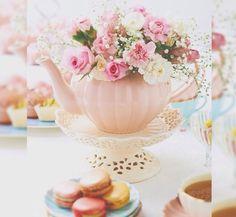 Flores na chaleira