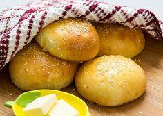 Pan para hamburguesas casero con sésamo