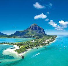 Aujourd'hui,nous vous avons dressé notre liste des 15 plus belles îles au monde. Certes on y retrouve les classiques, sous..