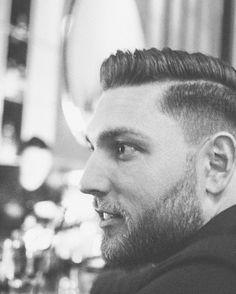 #portraitmonday Model @ky_w8 ..#hannoverboys #hannover #hannovermen #photooftheday  #artofportrait  #artofvisuals  #portraitmood  #portraitpage  #portraitpr0ject  #hvmansouls  #kdpeoplegallery  #portrait_shots  #instagram_faces  #igw_people  #discoverportrait  #marvelous_shots  #availablelight #coolmen #toughguy #portraitlove #portraits #rsa_portraits #makeportraits  #portraitmood #posttheportrait #blackandwhite