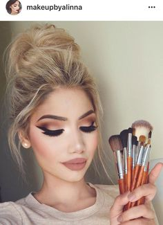 37 Casual Natural Prom Makeup Looks to Inspire You Prom Flawless Makeup, Gorgeous Makeup, Love Makeup, Skin Makeup, Makeup Inspo, Makeup Inspiration, Makeup Style, Casual Makeup, Makeup Ideas