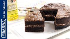 Perfecta para un cumpleaños o para darnos el gusto con una gran merienda compartida, no te pierdas esta delicosa tarta de chocolate.