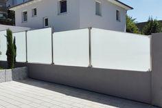 die 13 besten bilder von windschutz und sichtschutz fence house entrance und backyard patio. Black Bedroom Furniture Sets. Home Design Ideas