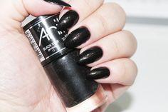 "Esmalte Anita ""Black Star"" - Stiletto Nails"