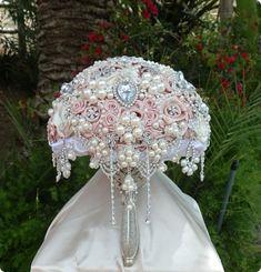 VINTAGE INSPIRED Brooch Bouquet DEPOSIT by Elegantweddingdecor