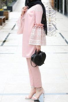 Paris Modest Set - New Dress Abaya Fashion, Muslim Fashion, Fashion Dresses, 50 Fashion, Ladies Fashion, Fashion Styles, Fashion Boots, Womens Fashion, Fashion Trends