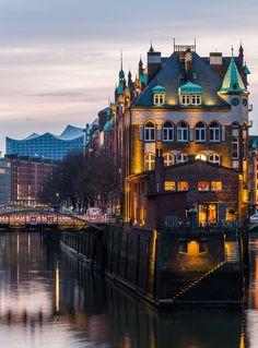 Hamburg Elbphilharmonie und die Poggenmühle | Bildschönes Hamburg