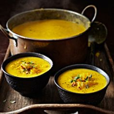 Roasted leek & yellow pepper soup by Liz Franklin -I used sweet potato instead of regular and threw in an apple too.