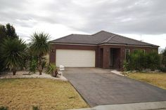 17 CALABRIA RD GRIFFITH
