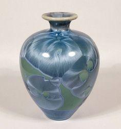 LOVELY-LOUISE-REDING-CALIFORNIA-STUDIO-ART-POTTERY-VASE-BLUE-CRYSTALLINE-GLAZE