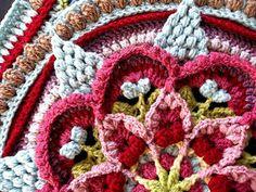 Ravelry: The Amanzi Block/Throw pattern by Jen Tyler Crochet Mandala Pattern, Crochet Quilt, Crochet Blocks, Granny Square Crochet Pattern, Crochet Squares, Crochet Blanket Patterns, Crochet Stitches, Crocheted Afghans, Crochet Trim