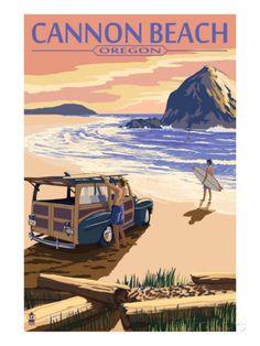 Cannon Beach, Oregon - Woody and Haystack Rock Print bij AllPosters.nl