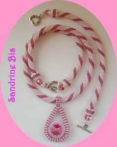 Crochet_rose_et_goutte_3