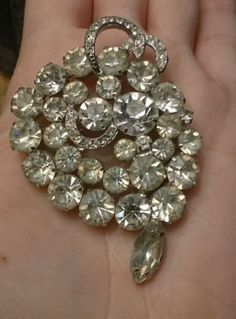 Stunning vintage Large Rhinestone signed Weiss sparkly Art Nouveau brooch