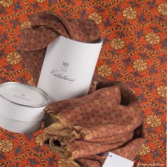 Autumn colors by Zampa di Gallina. Calabrese 1924 wool print scarves.