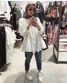 Hijab Style, Casual Hijab Outfit, Hijab Chic, Casual Outfits, Street Hijab Fashion, Muslim Fashion, Modest Fashion, Fashion Outfits, Hijab Fashion Summer