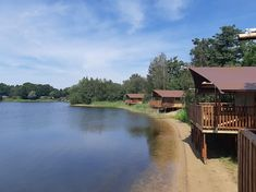 LuxeTenten (@luxetenten) • Instagram-foto's en -video's Campsite, Lodges, Glamping, Videos, Netherlands, Europe, Cabin, River, Luxury