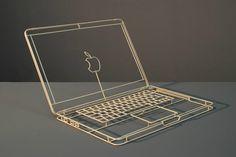 Las esculturas wireframe de Janusz Grünspek
