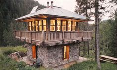 Unique plan modeled after Northwest fire lookouts - Plan 547-1 - Houseplans.com