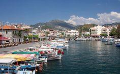 Blick über die liebliche Hafenpromenade von Marmaris