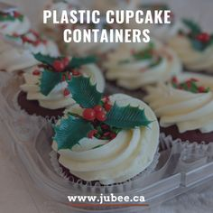 Choose our high top plastic cupcake container with a premium fitted Jubee bag . The dome lid and individual bases contour around the baked good's shape, and prevent any disturbance to your icing, cupcake picks, or other decorations. Shop now and save your cupcakes. #cupcakecontainer #cupcake #cupcakebirthday #fondantcupcake #icingcupcakes #cakeshop #bakeshop #birthday #cupcakeholder #cupcakecarriers #jubeebag #clearcupcakecontainer #plasticcontainer Cupcake Icing, Cupcake Boxes, Cupcake Picks, Box Cake, 12 Cupcakes, Fondant Cupcakes, Birthday Cupcakes, Environmentally Friendly Packaging