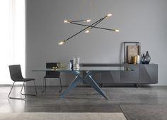 Chic & Glam la collection Luxury de notre partenaire espagnol Mobenia. Bientôt sur http://ift.tt/1y1ijcs  #amsld #mobenia #luxury #mobilier #interiors