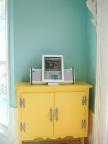 Aqua paint color: balmy seas by behr. Just Loveeee this color scheme. Aqua, yellow and grey! Family Room Design, Painted Cupboards, Room Colors, Family Room, Favorite Paint Colors, Blue Bedroom, Yellow Cabinets, Room, Room Design