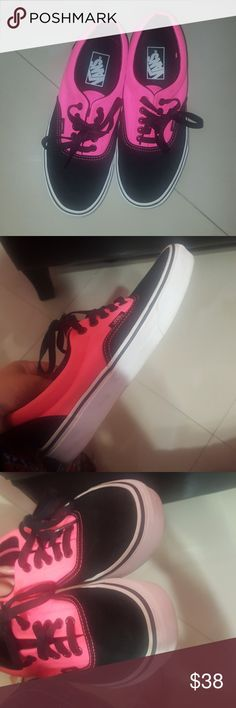 1a691a680e1a 1 Hour Sale 🔥Pink   Black Vans In great condition. Size 8 in women. Size  in Men Vans Shoes Sneakers