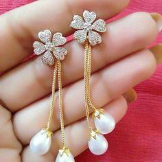 Gold Mini Heart Earrings with Round Cut Diamonds/ Micro Pave Earrings / Heart Shape Diamond Studs/ Minimalist Earrings - Fine Jewelry Ideas Gold Jhumka Earrings, Gold Earrings Designs, Gold Jewellery Design, Jewellery Box, Modern Jewelry, Fine Jewelry, Gold Jewelry, Etsy Jewelry, Jewelry Logo