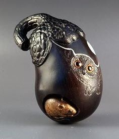 Silent Witness Netsuke - NO it is not Steampunk, but it does make my imagination go a bit wild.
