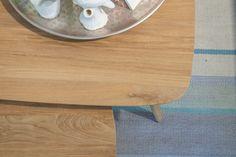 Combineer deze teakhouten salontafel Arendskelk met de andere salontafels Arendskelk voor een leuk effect in uw zithoek