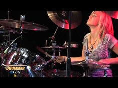 Hannah Ford - Improv Drum Solo 2011 - she jams the f*ck out! Girl Drummer, Female Drummer, Sound Of Music, Kinds Of Music, Danny Carey, Drums Girl, Music Recording Studio, Drum Solo, Rock Videos