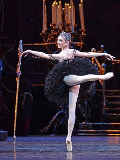 RB: Swan Lake (Sarah Lamb)