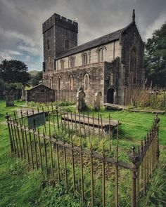 Church Of Scotland, Church Building, British Isles, Mansions, History, House Styles, Pictures, Travel, Roots