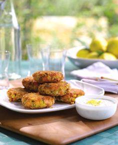 Recipe: Giada's Salmon Cakes with Lemon-Caper Yogurt Sauce - Recipelink.com