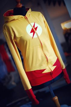 kid+flash.jpg The hoodies were created by Sandra over at TheLittlestBat, and the price range is from $180 to $200 on ebay.