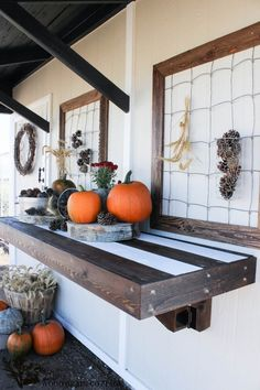 Fold-Down Potting Bench by The Wood Grain Cottage -- #pottingbench #diy #outdoorspaces