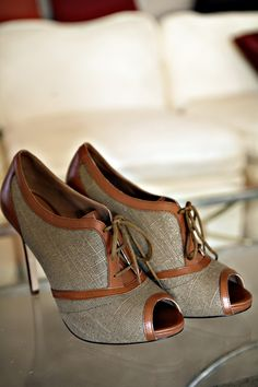 anne taylor canvas booties