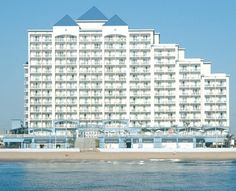 Holiday Inn Hotel & Suites Ocean City boasts well-appointed suites, on-site dining, and topnotch amenities. Book our hotel on the boardwalk today! Ocean City Maryland Hotels, Ocean City Hotels, Ocean City Md, Ocean City Boardwalk, Hotel Specials, Spa Weekend, All I Ever Wanted, Hotel Suites, Dream Vacations