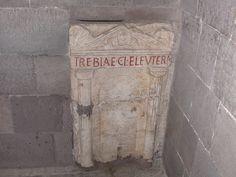 epigrafe funeraria di epoca romana, Cattedrale di Teano