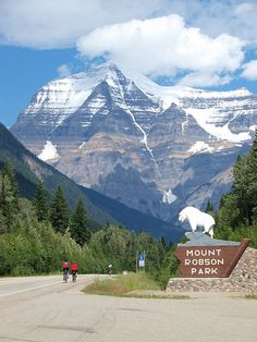 Mt Robson Park is in the Canadian province of British Columbia on the other side of Jasper National Park past the western border of Alberta.