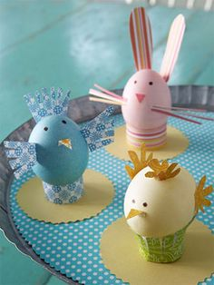 Easter Egg Decorating Idea | All you need is patterned paper and scissors! Get creative! #Easter #eggs