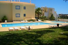 Hula Blue Apartment in Albufeira. Holiday Destinations. Where to stay in Albufeira. Vacation Rental in Albufeira. Alojamento local in Albufeira. // WarmRental // Find more: http://www.warmrental.com/blue-hula-apartment-albufeira-algarve/l.731