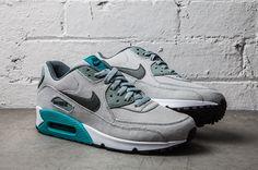 Nike Air Max 90 – Grey / Mica Green